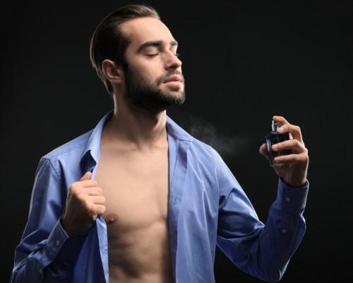 Cele mai sexy parfumuri barbatesti (||year||)